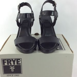 FRYE Women's Sara Harness Dress Sandal